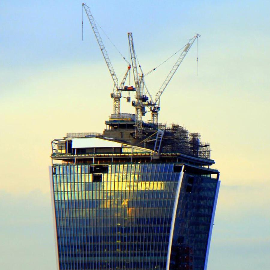 'Walkie-Talkie', London
